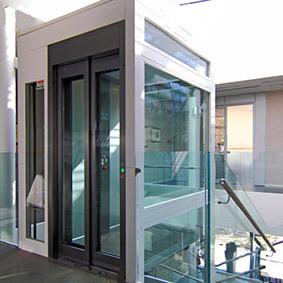 Лифт коттеджный гидравлический в помещении