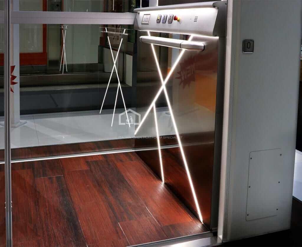 панель управления лифта